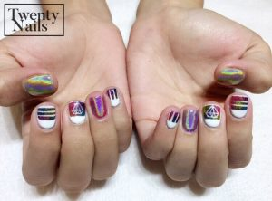 Hologram nails as part of your nail art design